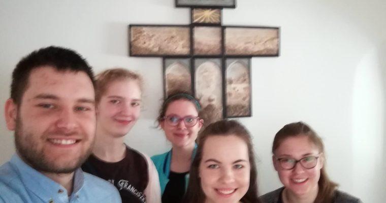 Franciszkańska radość do trzeciej potęgi, czyli wspólnotowy dzień radości